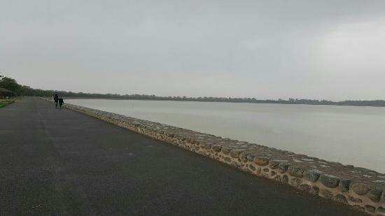 sukhna lake chandigarh