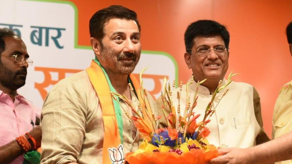 Actor Sunny Deol joins BJP; may contest from Gurdaspur